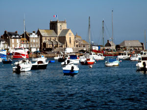 Barflor: typical fishing port, wearing of predilection of William the Conqueror